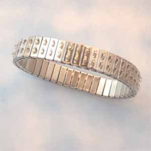 Stainless Steel Stretch Cha-Cha Bracelet (FI1284))