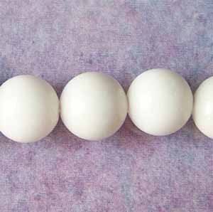 White Mountain 'Jade' 8mm Round Beads (GE1354)