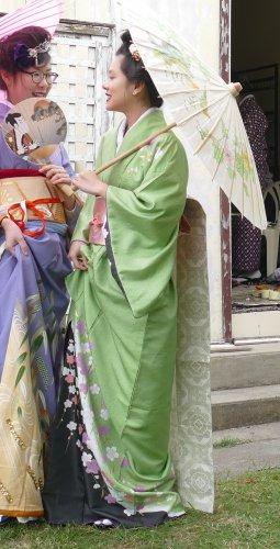 Green Odori Kimono Rental