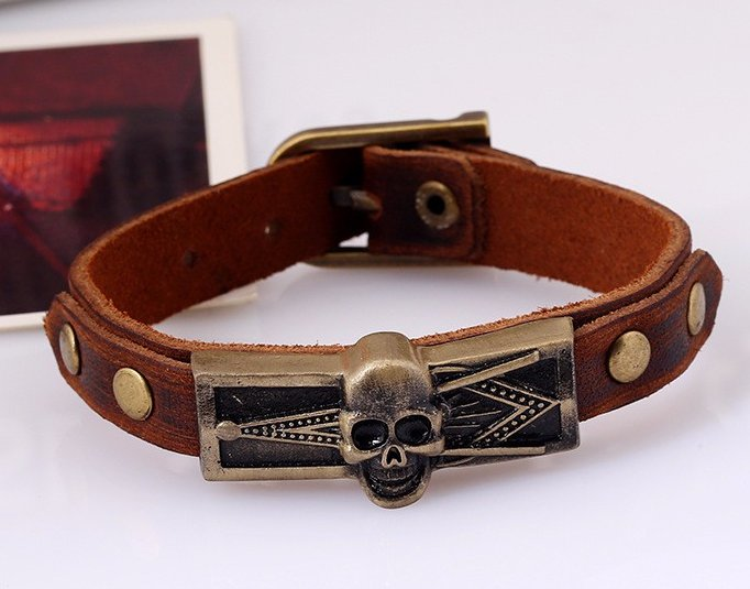 skull head brown leather bracelet