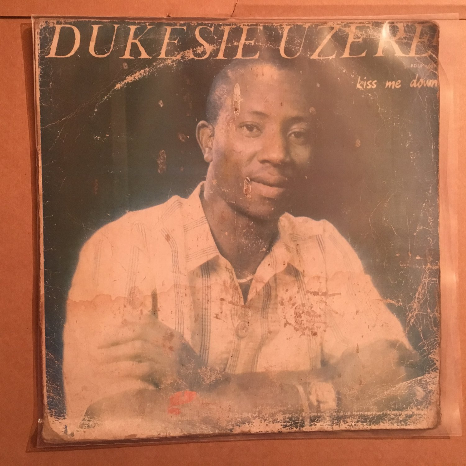 DUKESIE UZERIE LP kiss me down NIGERIA SYNTH FUNK REGGAE mp3 LISTEN