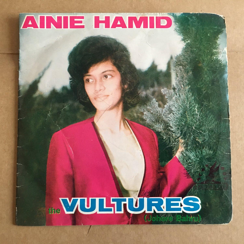 "**AINIE HAMID & THE VULTURES 45 EP 7"" berpisah MALAYSIA GARAGE mp3 LISTEN"