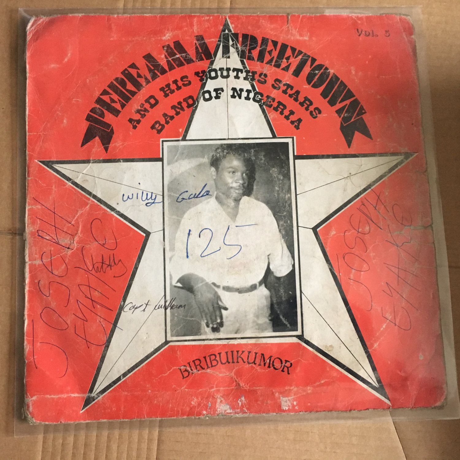PEREAMA FREE TOWN & HIS YOUTHS STARS BAND LP vol.3 NIGERIA mp3 LISTEN