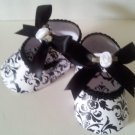 10 Embellished Damask Black and White / Paper Shoe Favor Boxes
