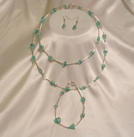 LIGHT GREEN & SILVER NECKLACE & EARRINGS & BRACELET