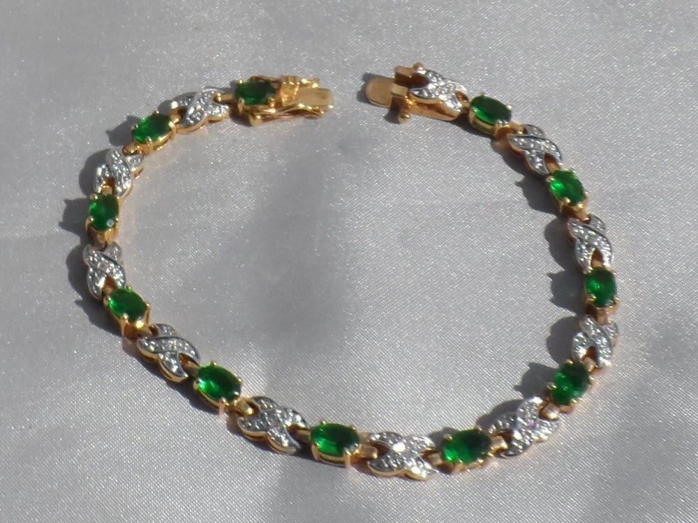Sale, Emerald Green Crystal Tennis Bracelet, Vintage 1980s, 7.25 Inch