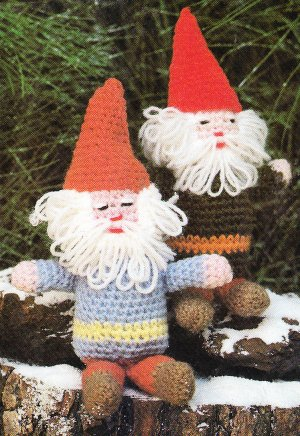 * Crochet Adorable Gnomes - Snow Wonder Hot Pad - Mini Mitts