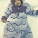 * Crochet World Mag - Winter - 1983 / Star Shaped Tree Skirt - Cute Santa Apron