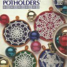 *Annie's Attic Snowflake Potholders - 8 Projects - Very Festive