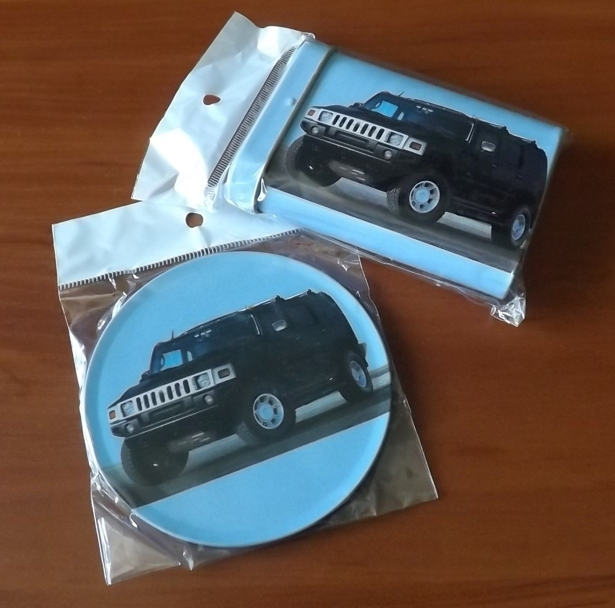 HUMMER CIGARETTE TIN BOX AND BEER MAT COASTER
