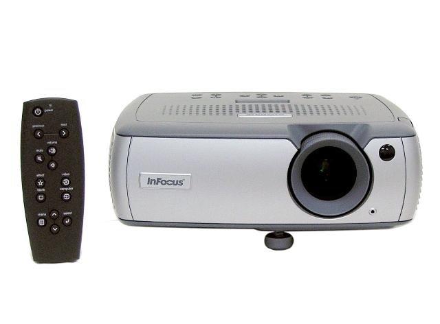 InFocus LP540 LCD Projector