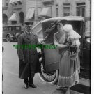 1900 FITZIU HOLDING DOG COMING FROM AUTOMOBILE (8x10) ANTIQUE RP DOG PHOTOGRAPH