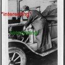 *NEW* ROSALIE JONES AS AUTO SALESMAN 1922=(8.5X11) OLD VINTAGE CAR PHOTO