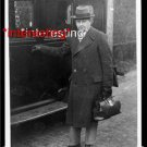 GEORGE C. CALVER-MEDICAL BAG IN 1928 CAR :ANTIQUE RP AUTOMOBILE PHOTO (8x10)