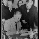 *New* Antique Japan,Japanese Photo[8x10] Roosevelt, Declaration of War Signing