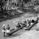 *NEW* VINTAGE ANTIQUE INDIA PHOTO: =KERALA INDIA, BOATS, UMBRELLAS, RIVER