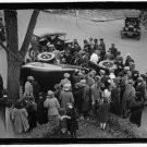 *NEW* Antique Old Wreck Photo[8x10] Crowd Gathering around Auto Accident,Unknown