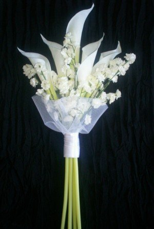 Elegant White Callas Bridal Bouquet