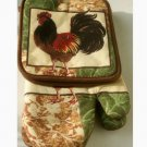 Rooster Potholders Oven Mitts Kitchen Linens Set