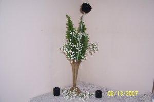 V1- Black Rose Vase