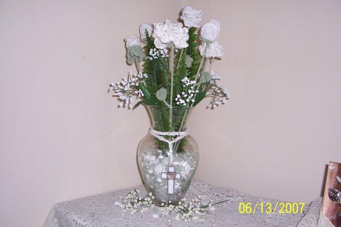 V2- White Rose Vase
