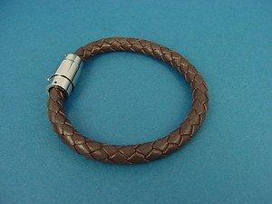 genuine brown leather bracelet bangle with magnetic lock 031