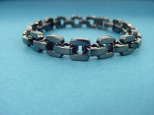 stainless steel bracelet for men in long lasting shiny black 621