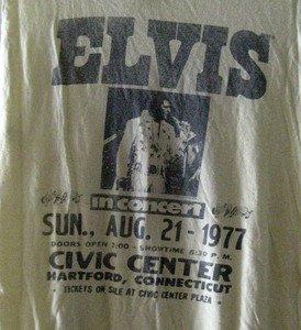 Adult M True Vtg 1977 ELVIS PRESLEY IN CONCERT  Silk Screened Thin T-Shirt