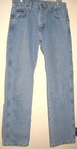 MEN'S JEANS BY WRANGLER, SIZE  31 X 30 , BOOT-CUT