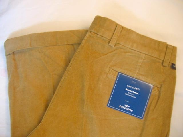 NWT Men's Dockers Corduroy Pants Sz 34x32