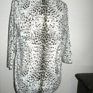 DG2 Diane Gilman XS  Stretchy Crew Neck Top Long Sleeve Animal Print New w/o Tag