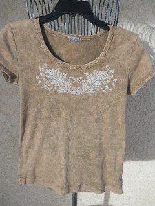 XC15 USA Top M Medium T Shirt Brown With Gold Metal Embellished Good Used Condi