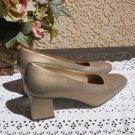 Bandolino 8.5 M Heels Genuine Leather Shoes New Floor Sample Clean Pumps