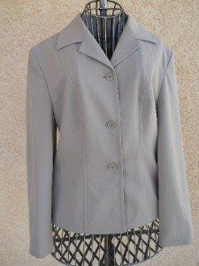 Elegant Size Petite 8 Blazer Sand Beige Long Sleeves Lined New Valerie Stevens