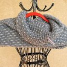 Calvin Klein Scarf Silver Gray Warm Knitted Shawl Infinity Design Cowl New Knit