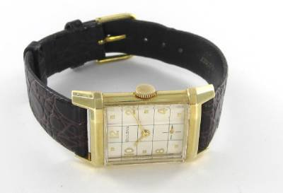 14KT YELLOW  SOLID GOLD BULOVA ANTIQUE VINTAGE AUTHENTIC WATCH  LEATHER TIME