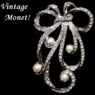 EXQUISITE Vintage MONET BROOCH w/ RHINESTONES and PEARLS Sparkly SIGNED JEWELED Pin!