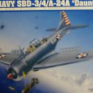 1/32 SBD3/4/A-24A DAUNTLESS US NAVY DIVE BOMBER TRUMPETER NEW