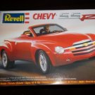 1/25 CHEVROLET CHEVY SSR SPORTS CAR REVELL NEW