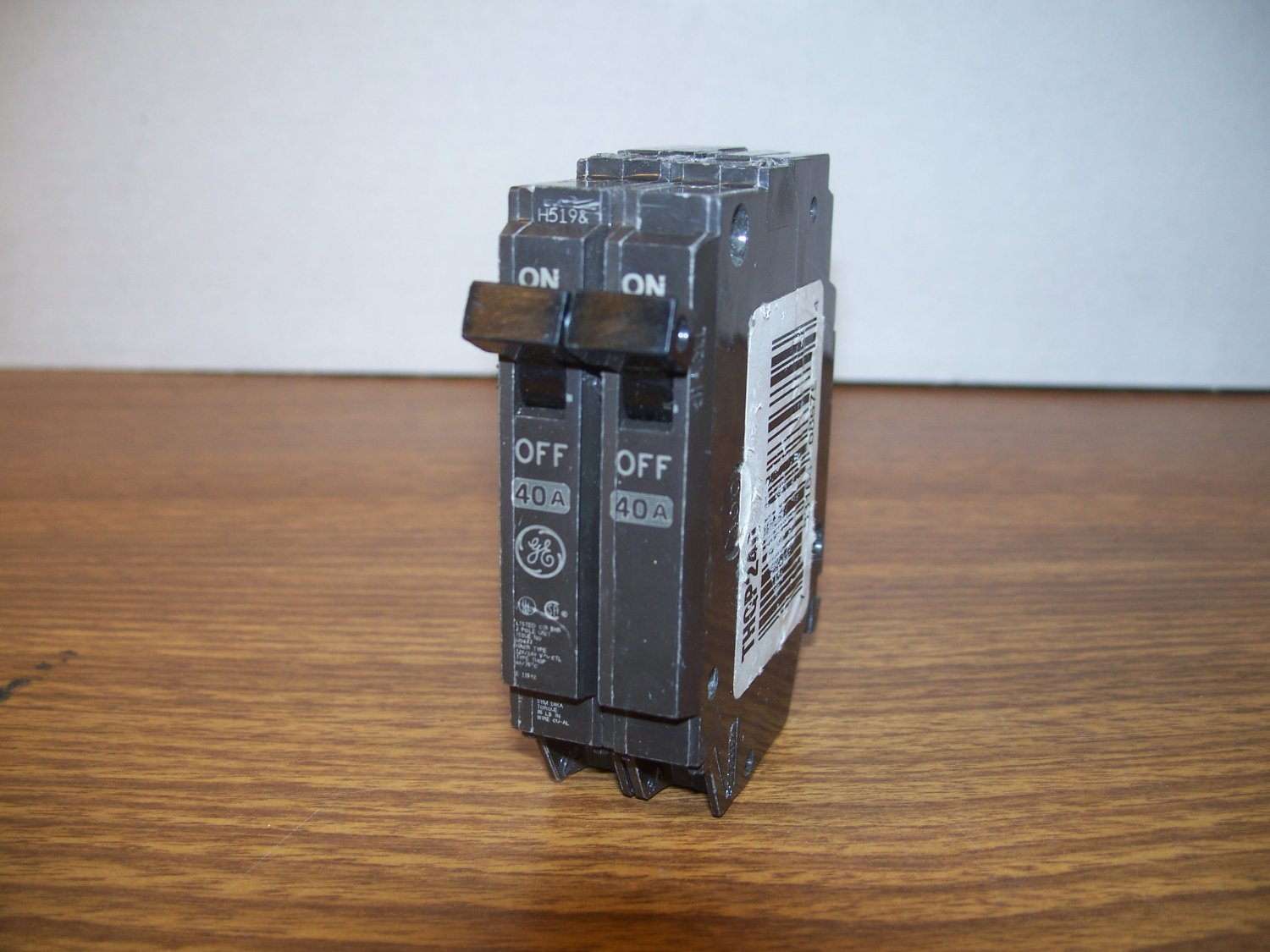 ge thqp tandem circuit breaker thqp240 40amp 240volt 2pole 10ka used