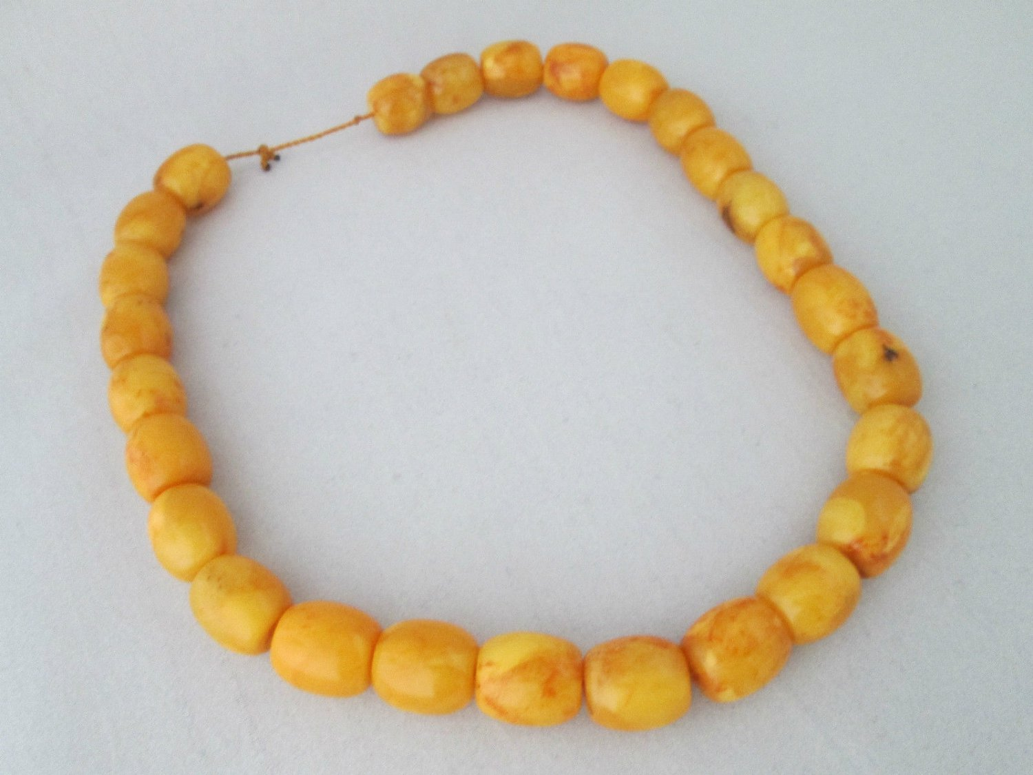 Vintage Large Natural Butterscotch Egg Yolk Amber Bead Necklace 66.5 grams