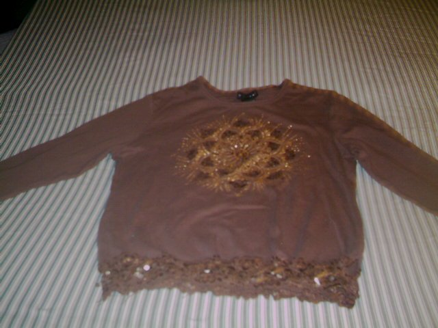 LARGE- SIZE 7- FANG - GIRLS - LONG SLEEVE SHIRT