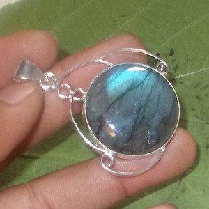 Blue Flashing Pendant - Labradorite Pendant  Artisan Pendant - Best Gift Jewelry