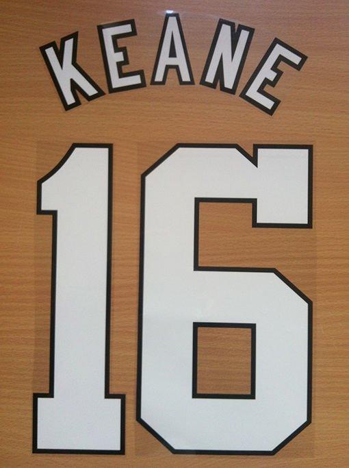ROY KEANE 16 MANCHESTER UNITED HOME 1996 1997 NAME NUMBER SET NAMESET PRINT