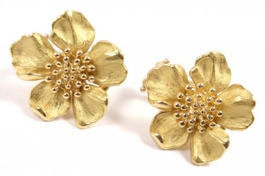 Rare Vintage Tiffany & Co 18K Yellow Gold Dogwood Flower Wild Rose Stud Earrings