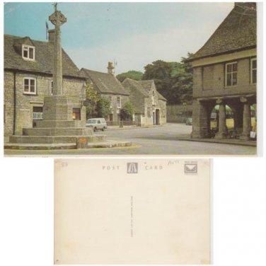 Gloucestershire Postcard Minchampton War Memorial. Mauritron 321