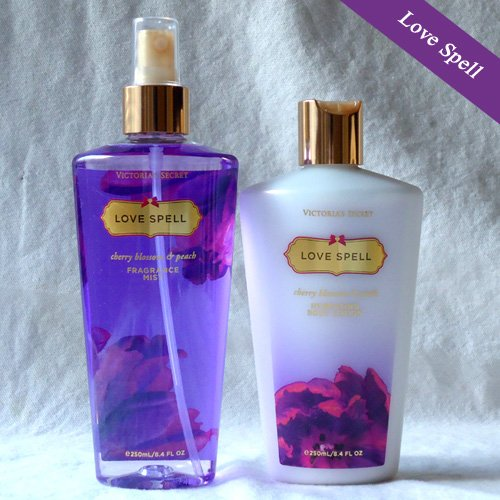 Victoria's Secret Love Spell Body lotion & mist set
