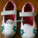 New CHILDREN'S PLACE SHOES Playground Mary Jane Size 8M 8 M White Flower Button