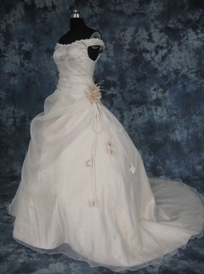 wedding dress hd003