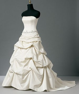 wedding dress hd010